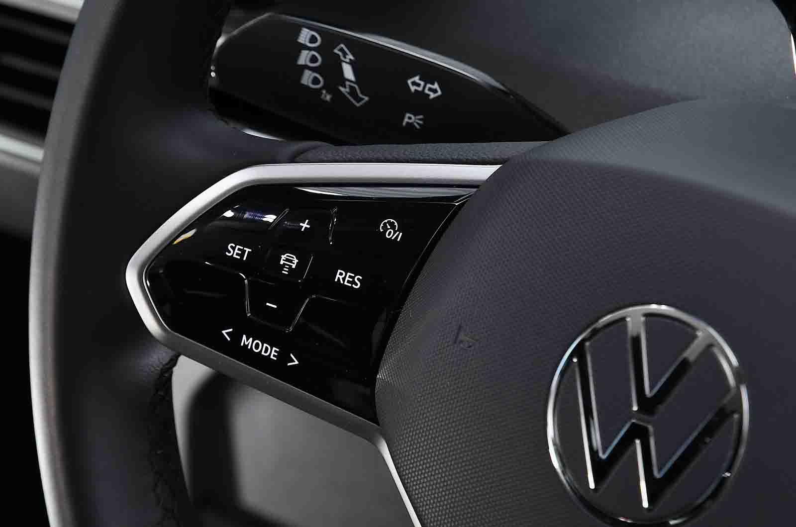 Volkswagen ID.3 2021 steering wheel