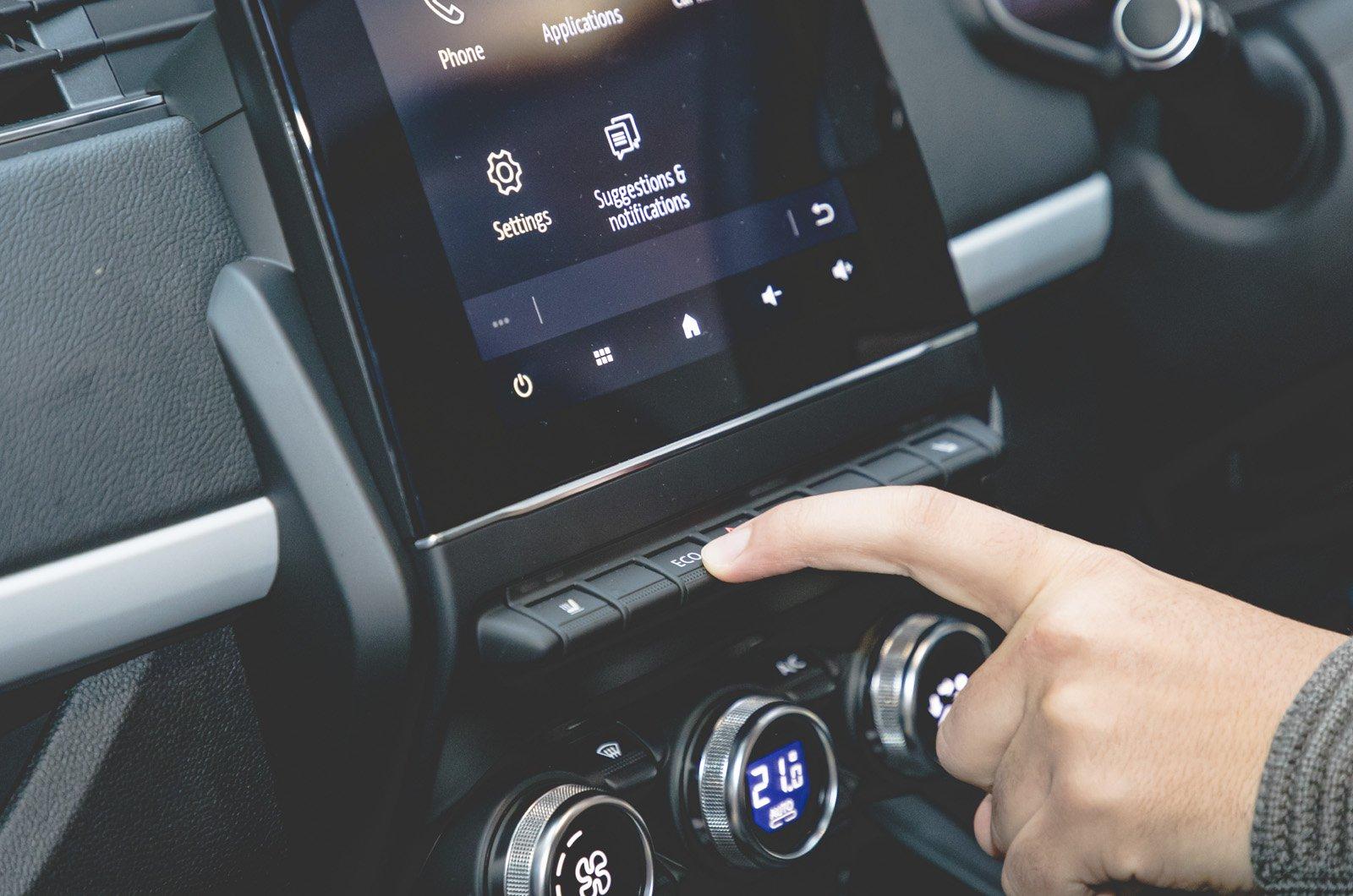 Renault Zoe long-term screen buttons