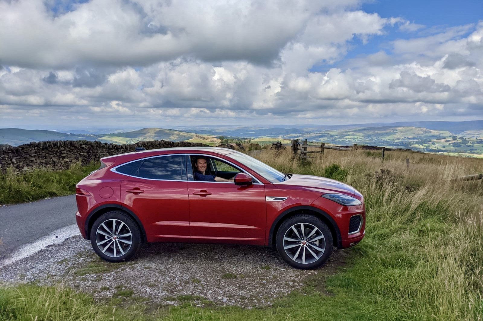 Jaguar E-Pace 2021 long-term hilltop