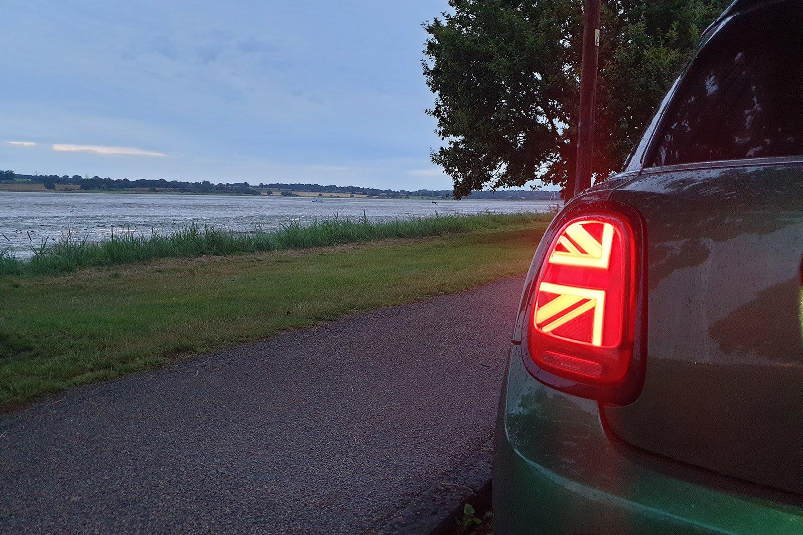 Mini hatch 5-door 2021 rear lights