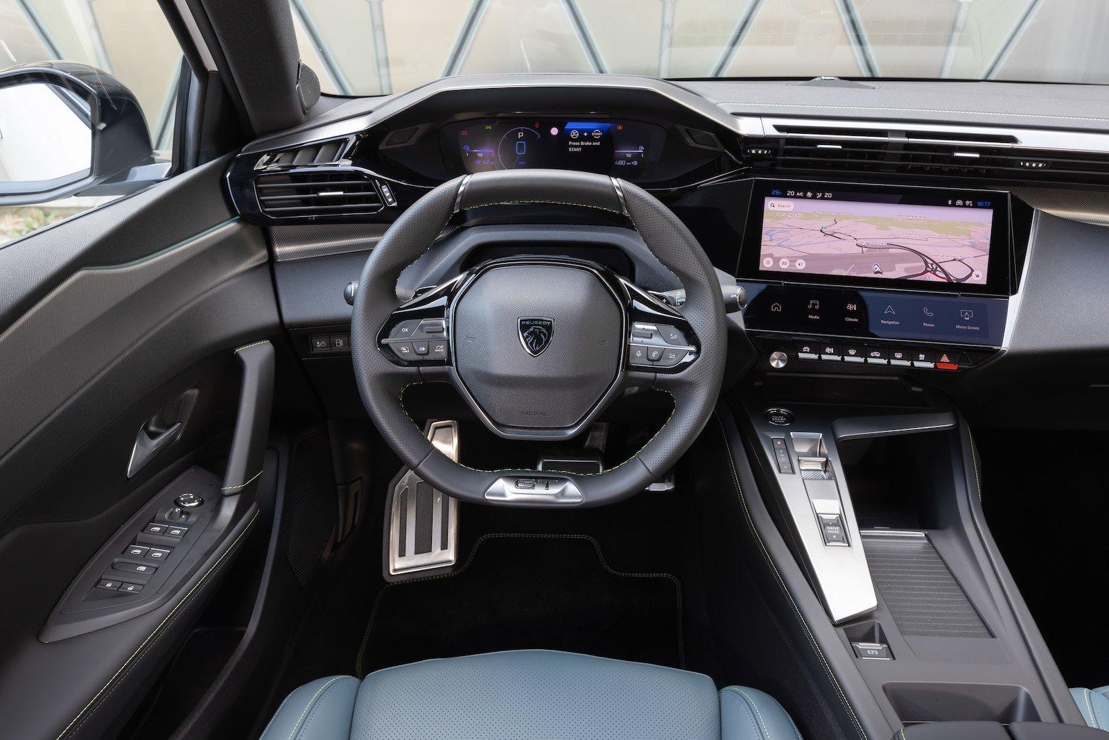 Peugeot 308 2021 interior dashboard