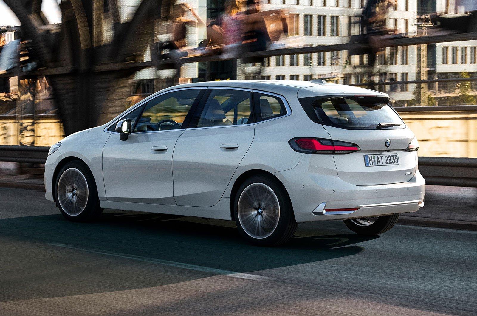 2022 BMW Série 2 Active Tourer traseiro