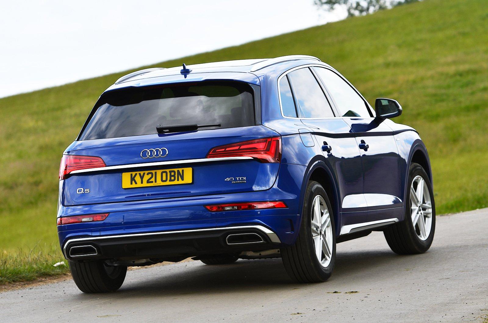 Audi Q5 2021 rear