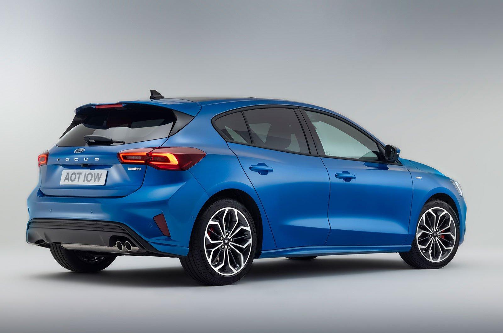 2022 Ford Focus traseiro
