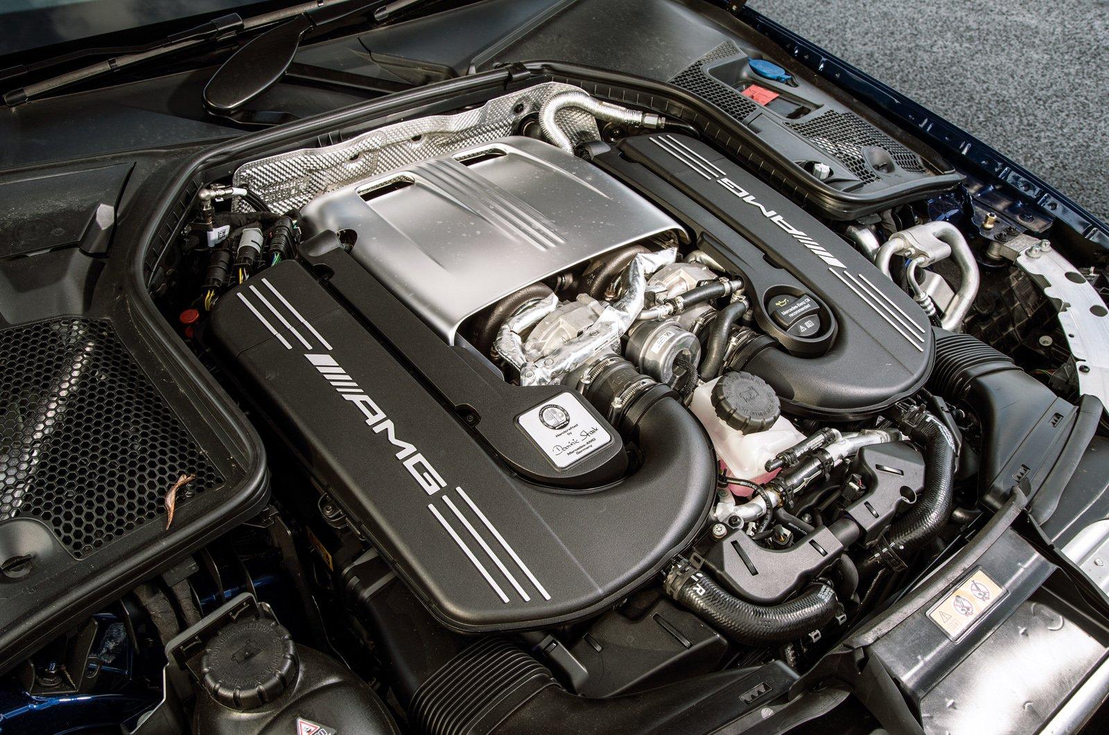 Mercedes-AMG C63 S Estate engine