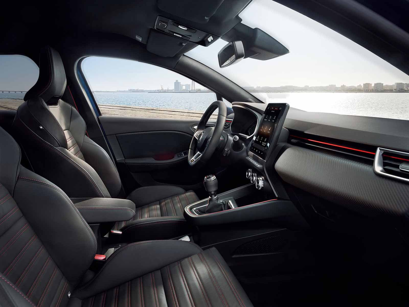 Renault Clio 2019 LHD launch car front seats