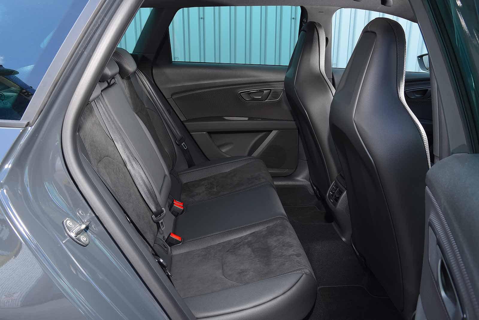Seat Leon ST Cupra 2019 RHD rear seat