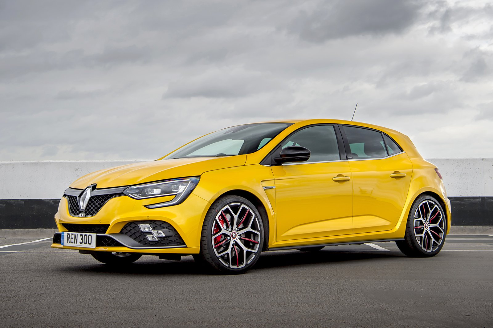Renault Megane RS 2019 front left static