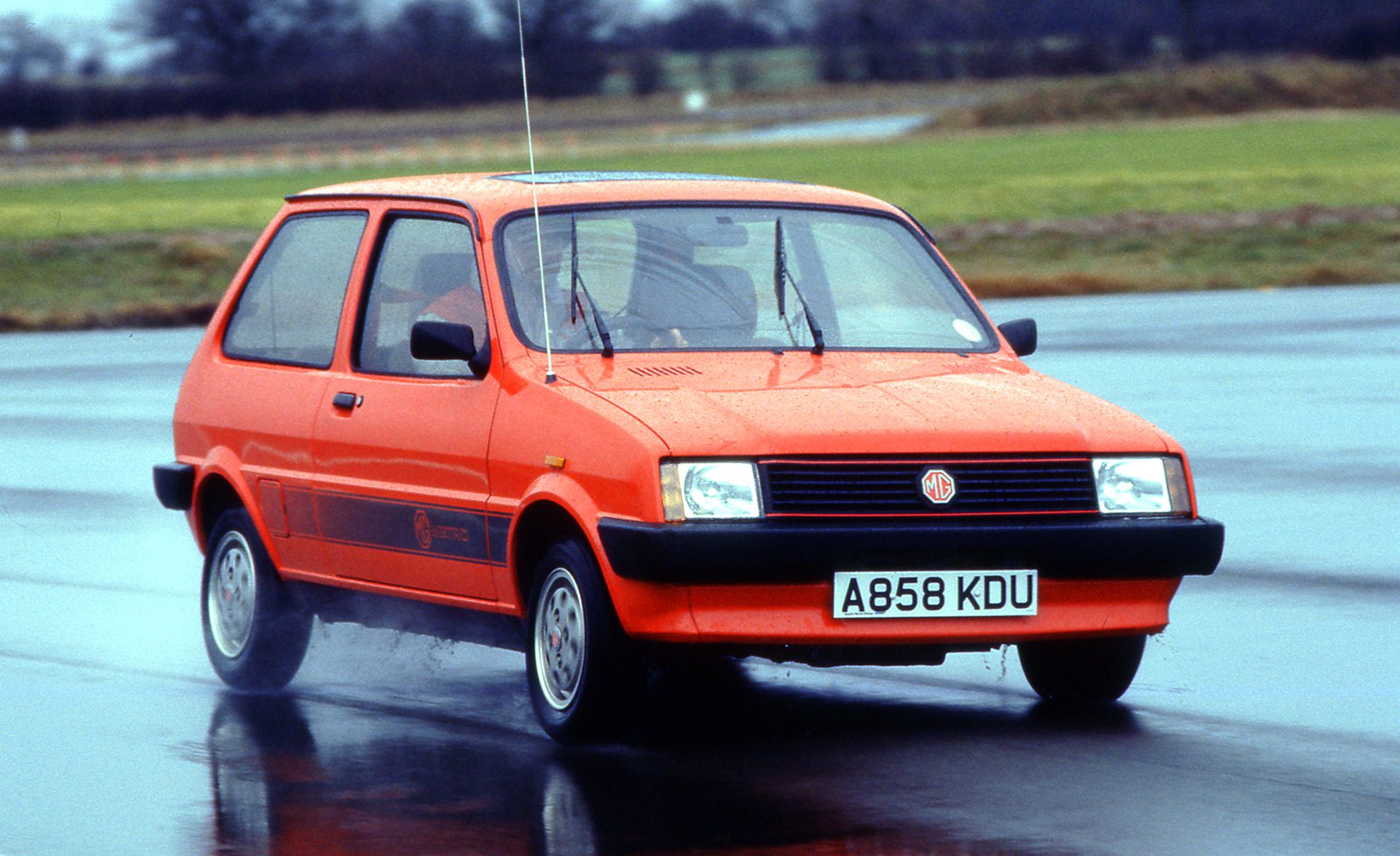 MG Metro front three quarters