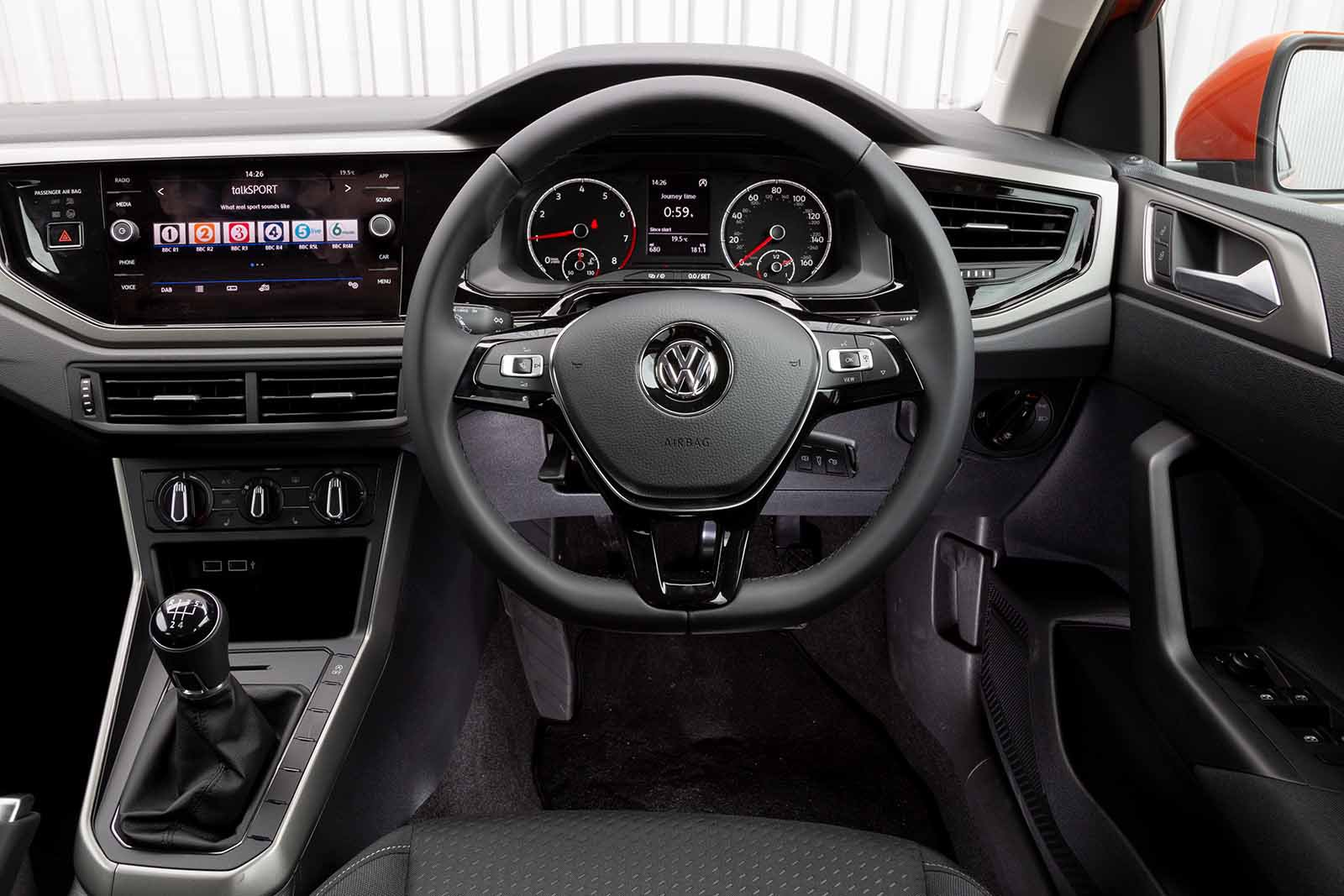 Polo 2019 RHD dashboard