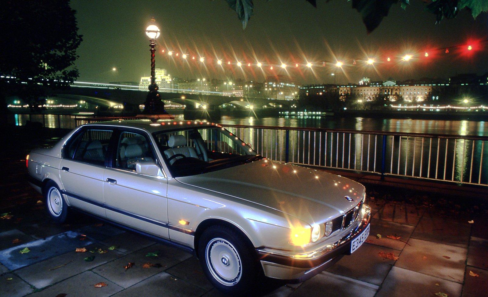 BMW 7 Series 735i front three quarters