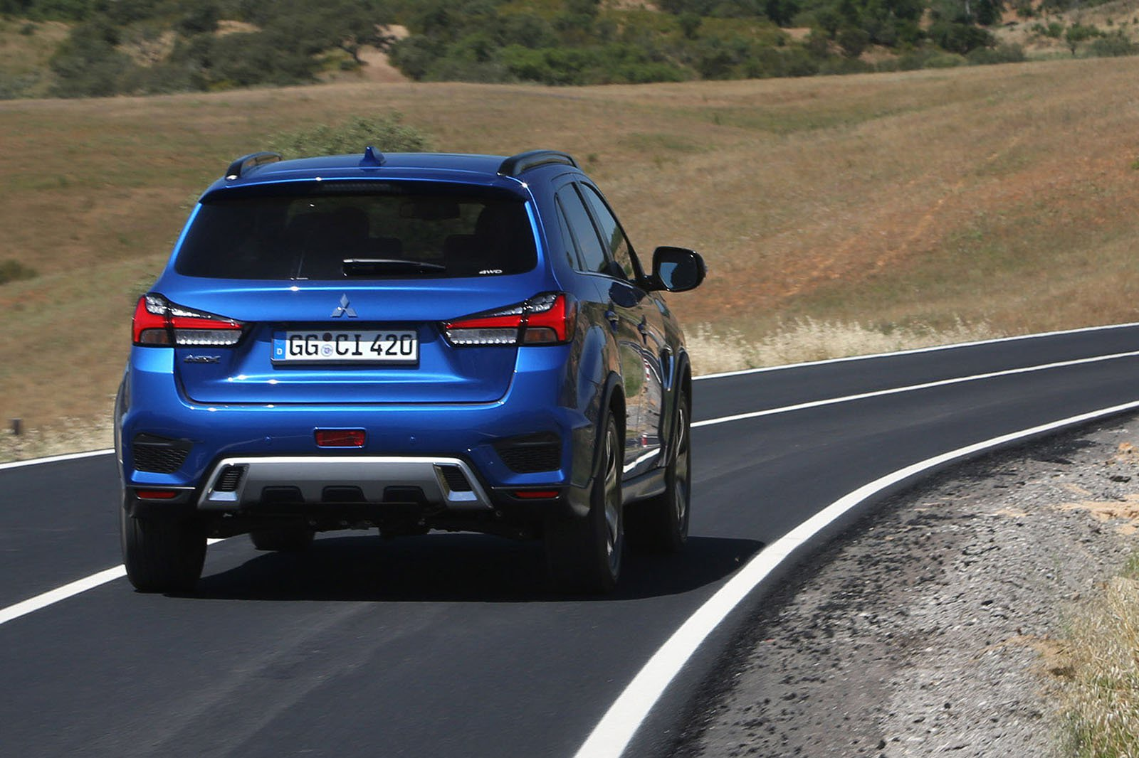 Mitsubishi ASX 2019 LHD rear cornering shot