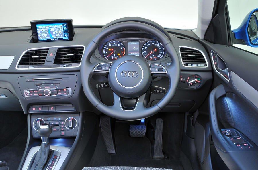 10: Audi Q3 - interior