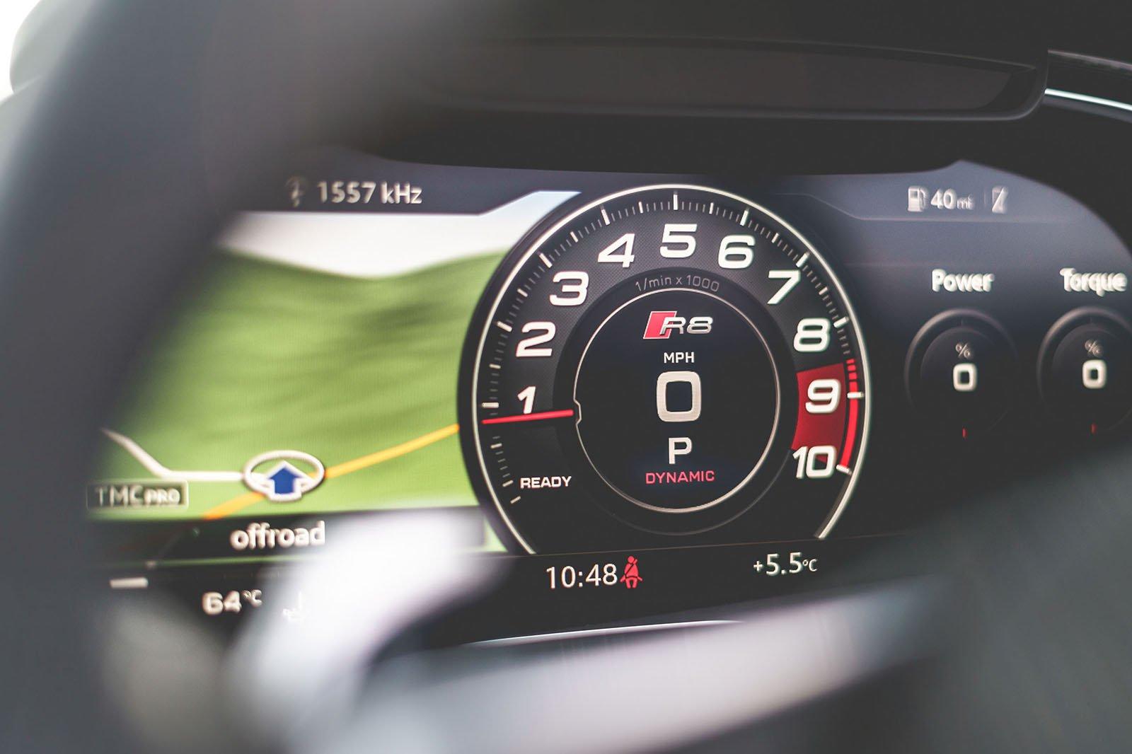 Audi R8 2019 RHD dashboard infotainment