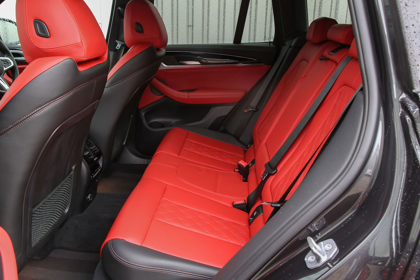 BMW X3 2021 M40i rear seats
