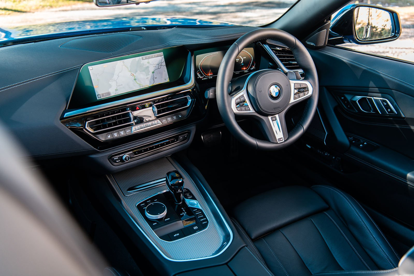 BMW Z4 RHD dashboard