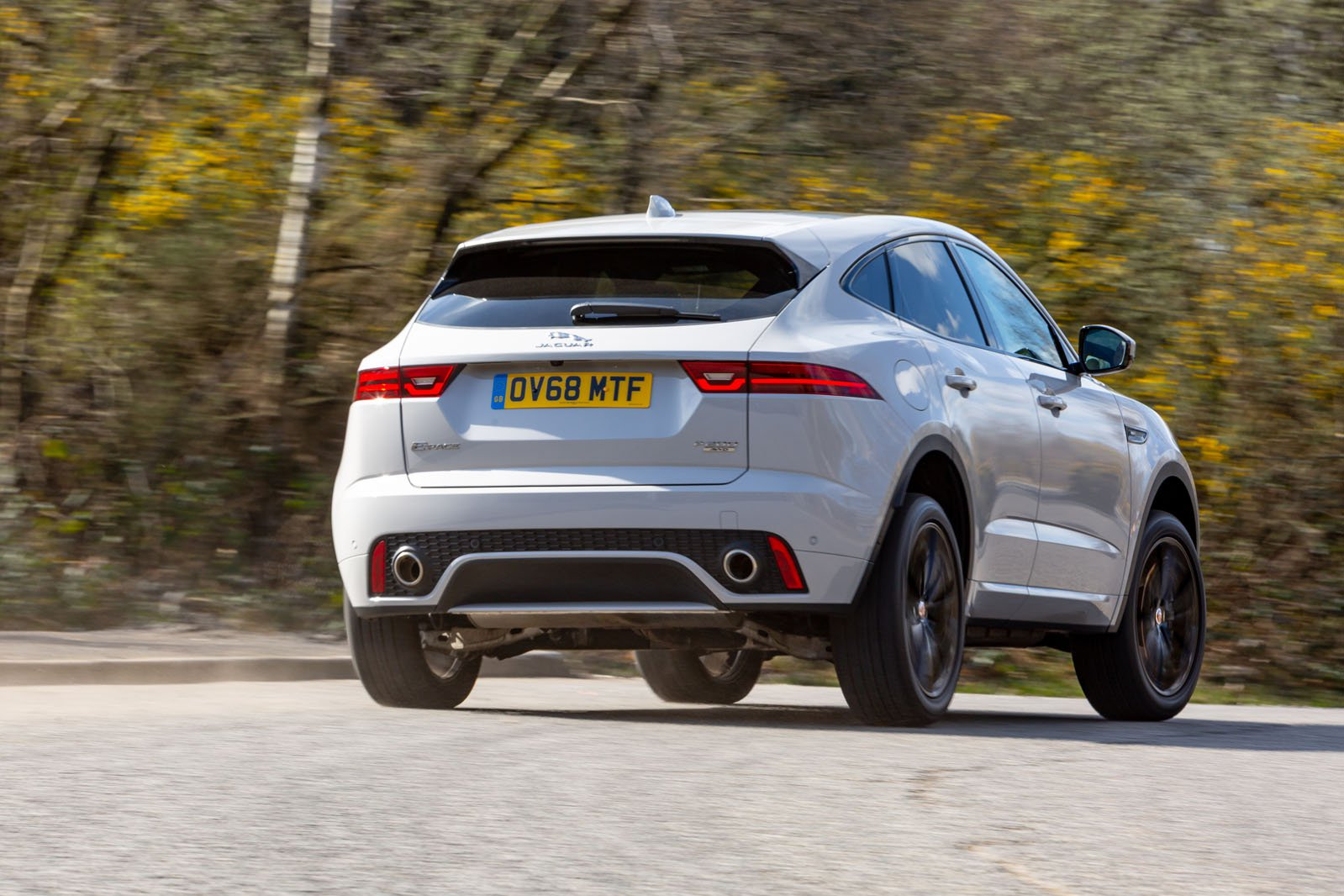 Jaguar E-Pace 2019 rear right cornering