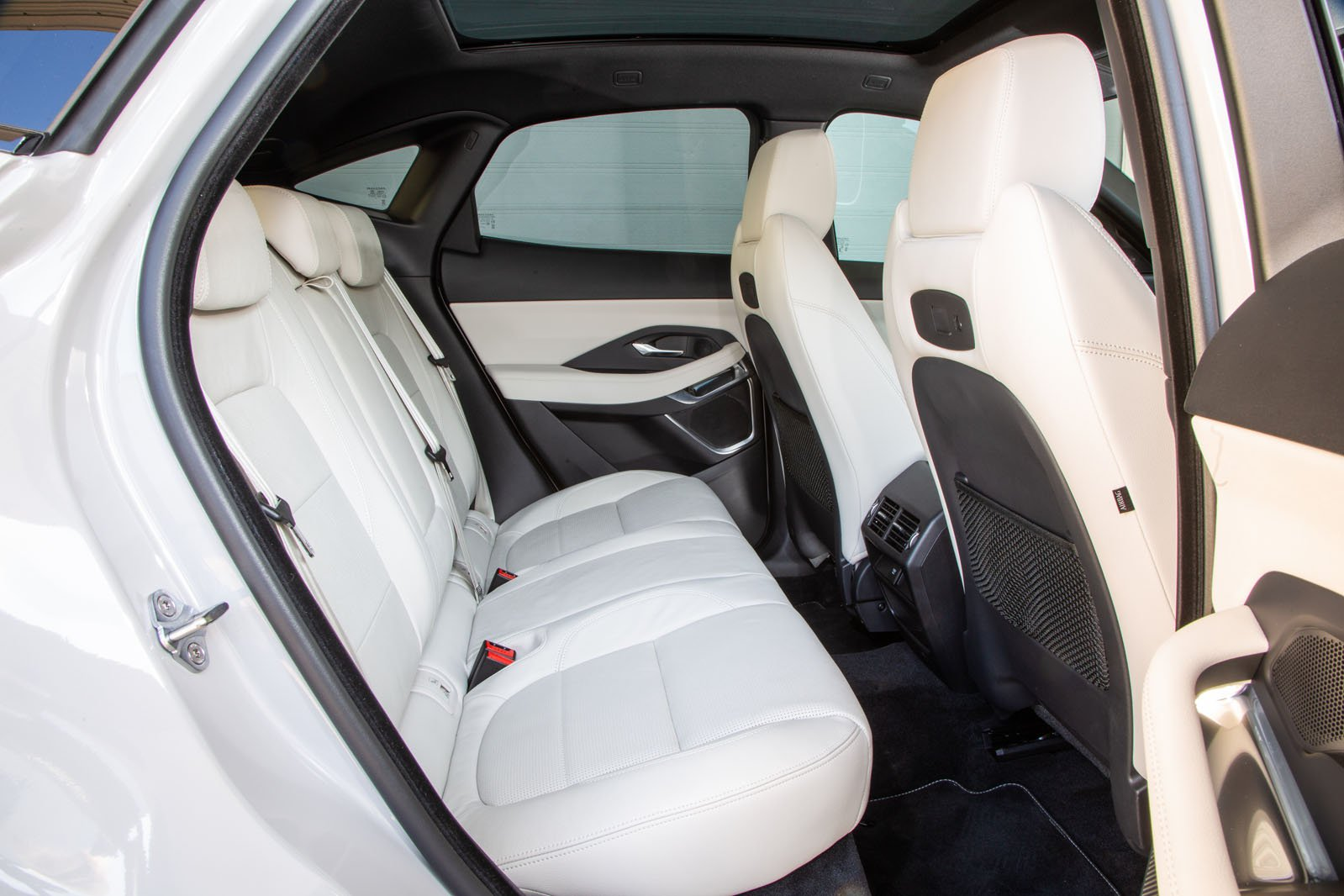Jaguar E-Pace 2019 rear seats