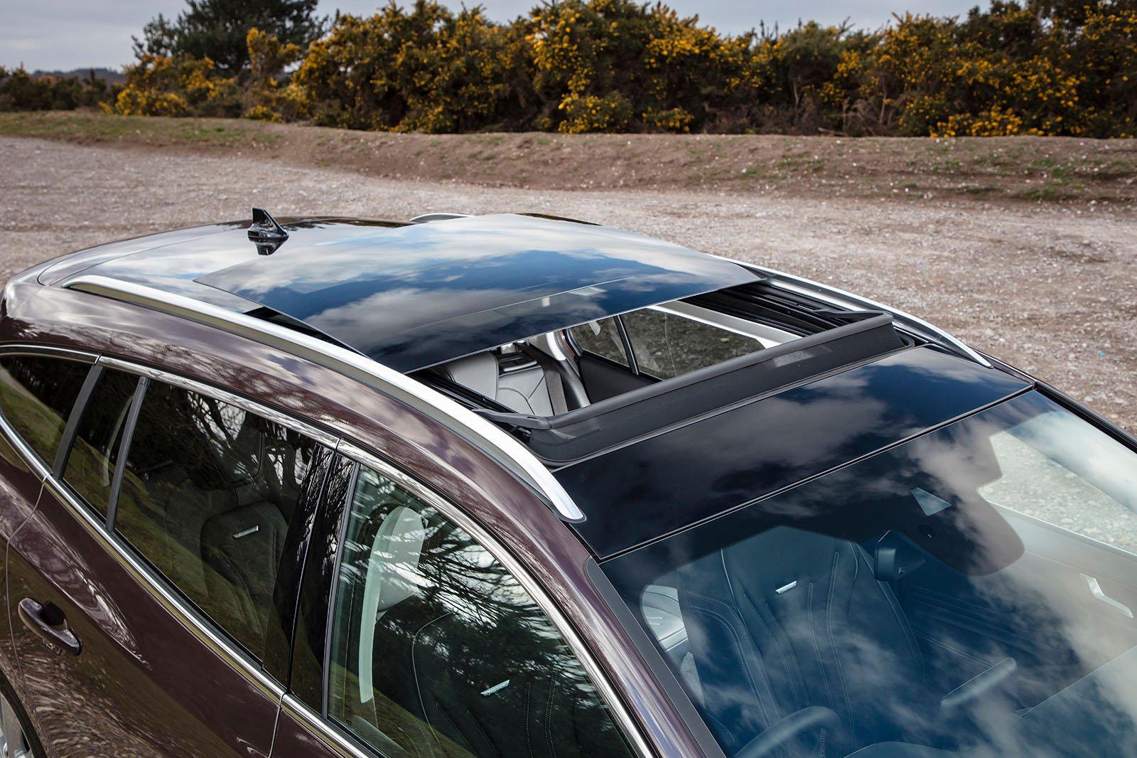 Ford Focus Estate 2019 panoramic roof