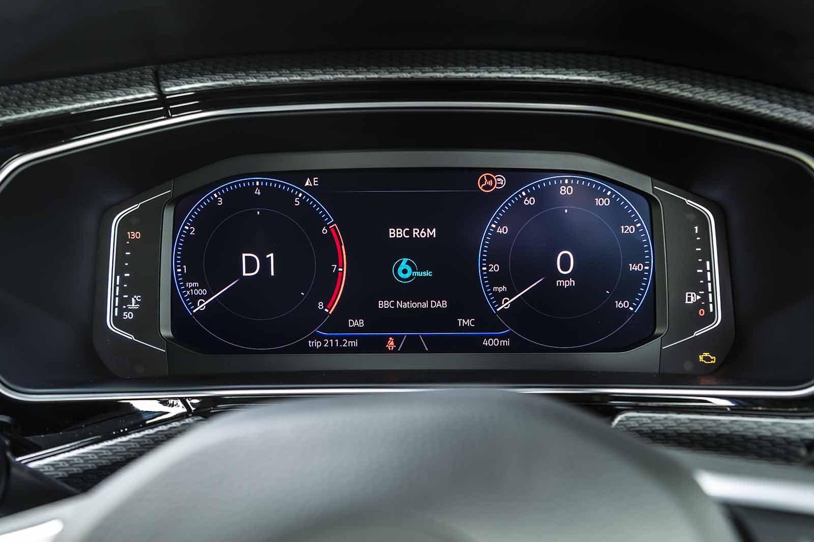 Volkswagen T-Cross 2019 dashboard cluster