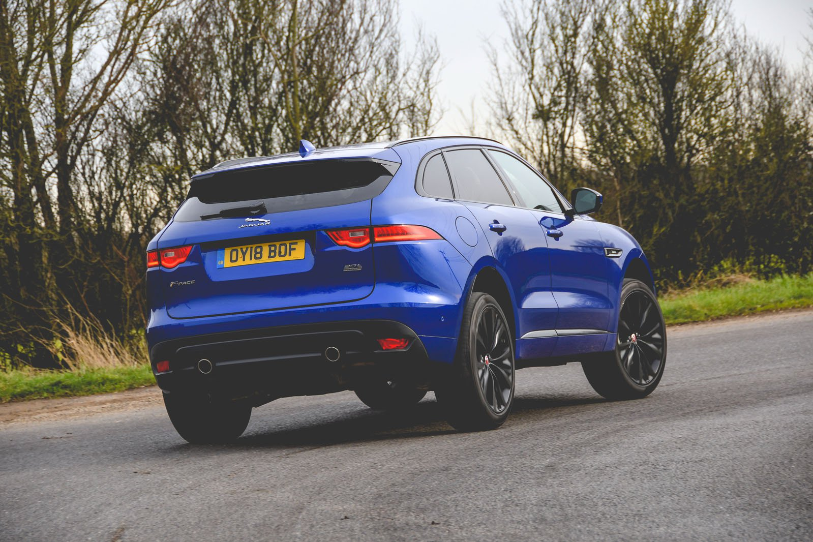 Jaguar F-Pace 2018 rear tracking pic
