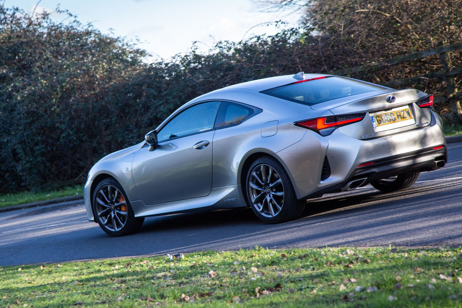 Lexus RC 2019 rear cornering shot