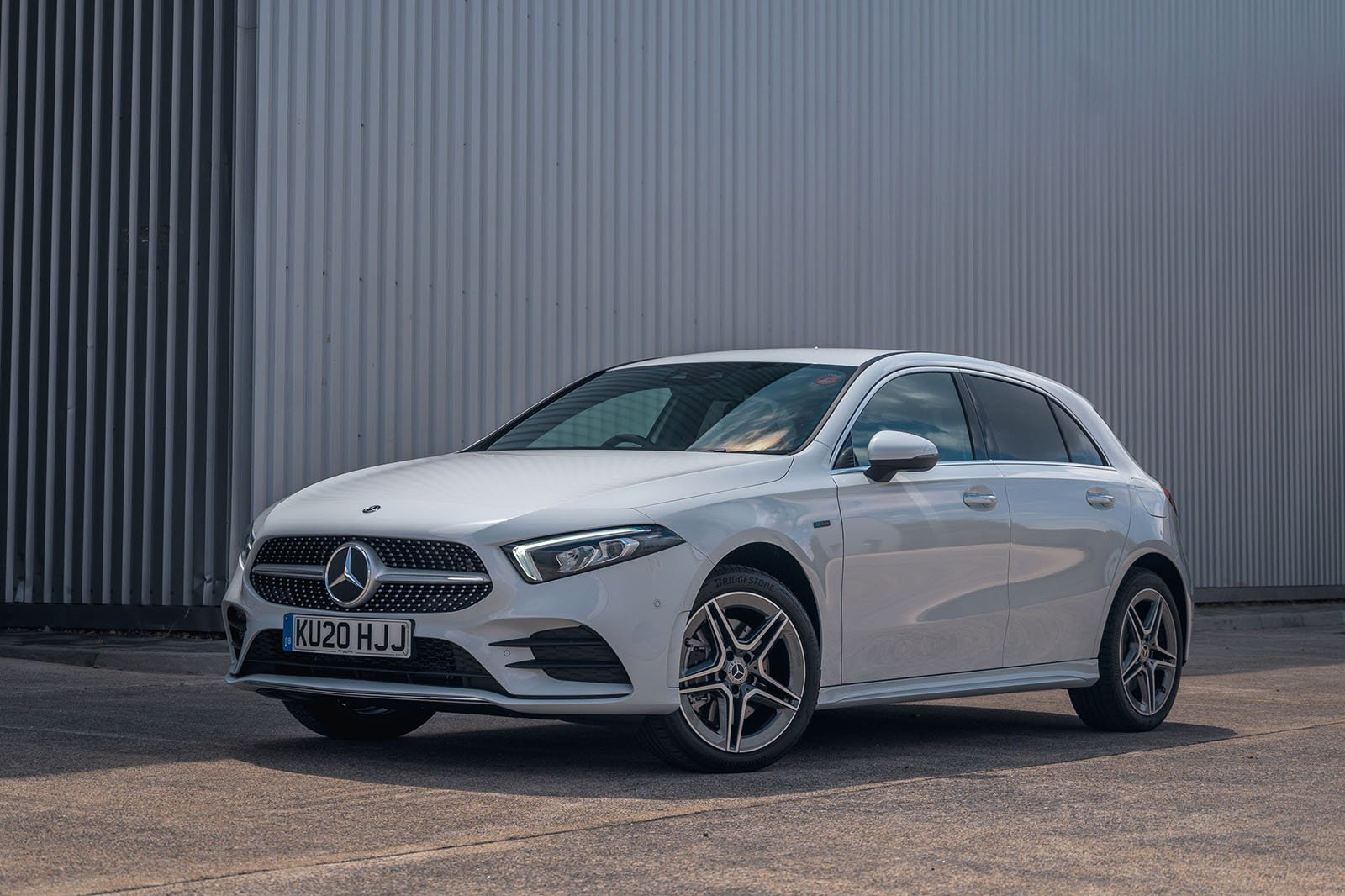 2019 mercedes a 250 e silver parked front charge