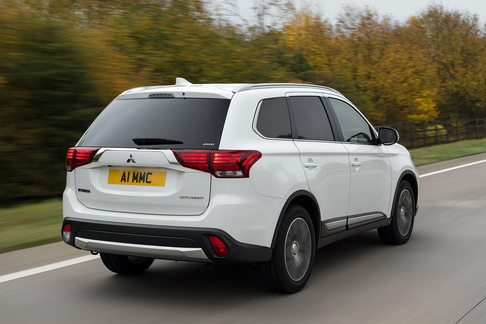 Mitsubishi Outlander rear tracking shot